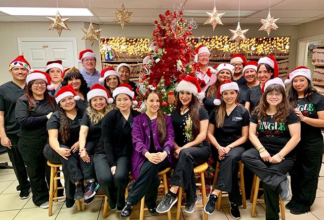 Merry Christmas and Holidays 🦋🎄❤️ We wish you and your family the very best! From our #DentalFamily to you! #Christmas #Navidad #Laredo #miseltoe #candycane #love #gentledental #dentalteam #dentaloffice #laredo #texas #businessparty #gingerbreadhouse #doctors #dentist #hygienist