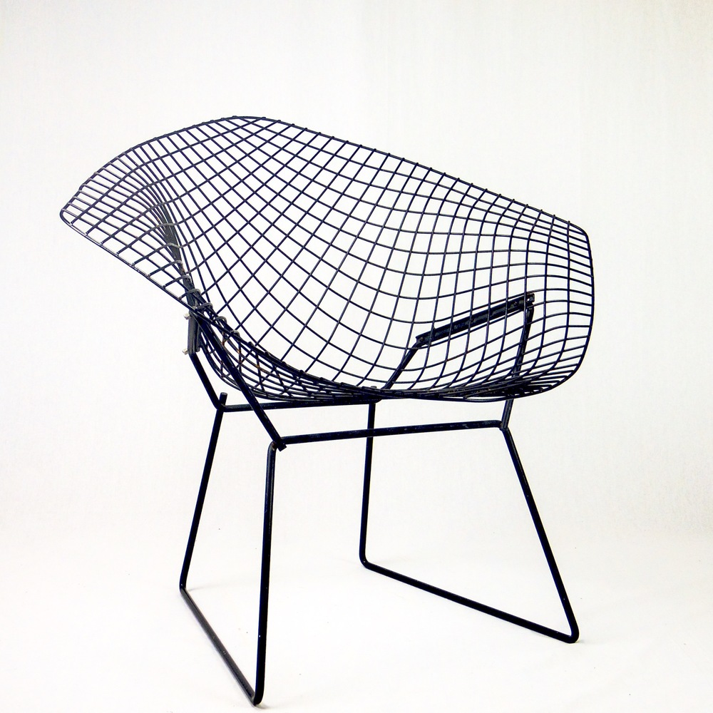 chaise bertoia knoll affordable bertoia counter stool set of knoll style chrome dwr modern. Black Bedroom Furniture Sets. Home Design Ideas