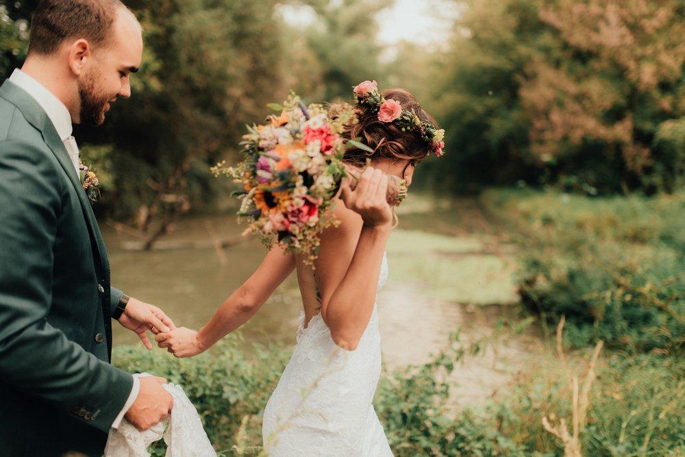 bestof2016_093 boho bride barn wedding.jpg