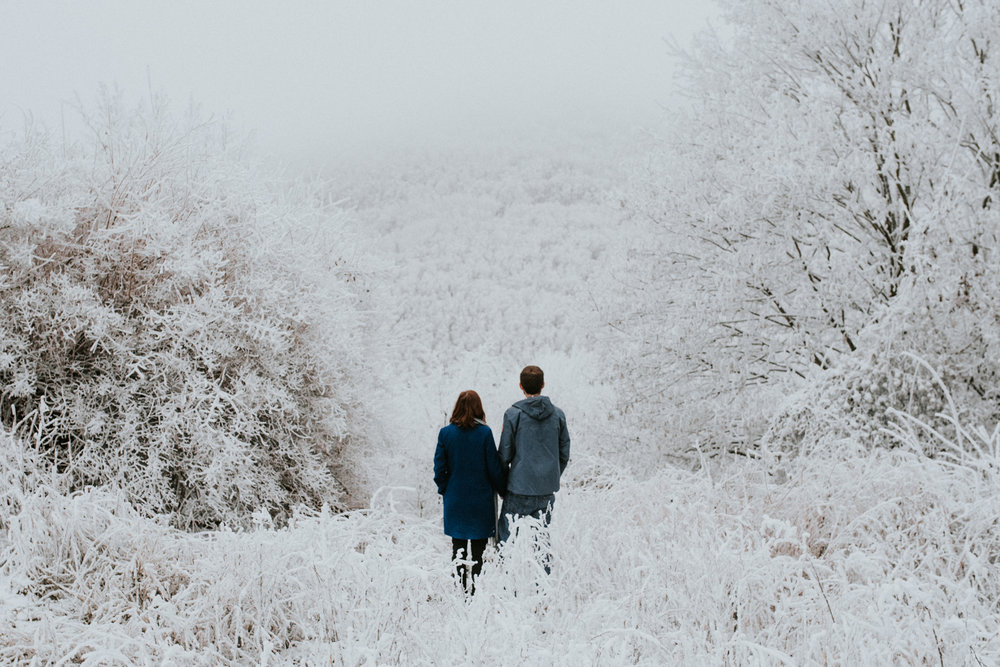 bestof2017_087 winter couple session in snow.jpg