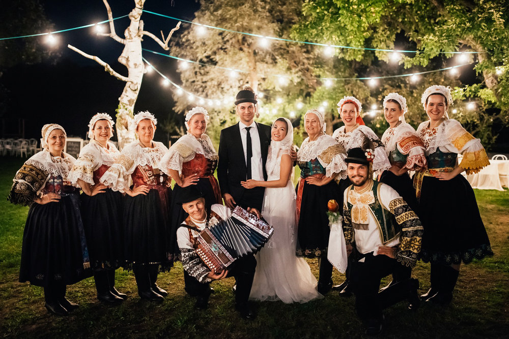4 bohemian wedding in wiegerova vila 007.jpg