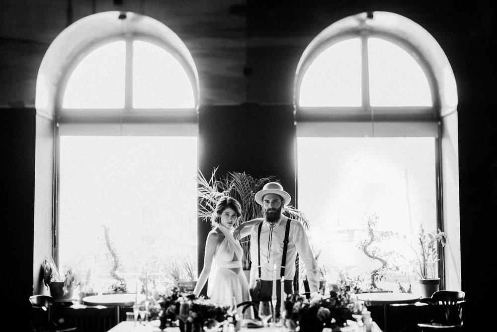 1 art deco inspired urban wedding editorial 023.jpg