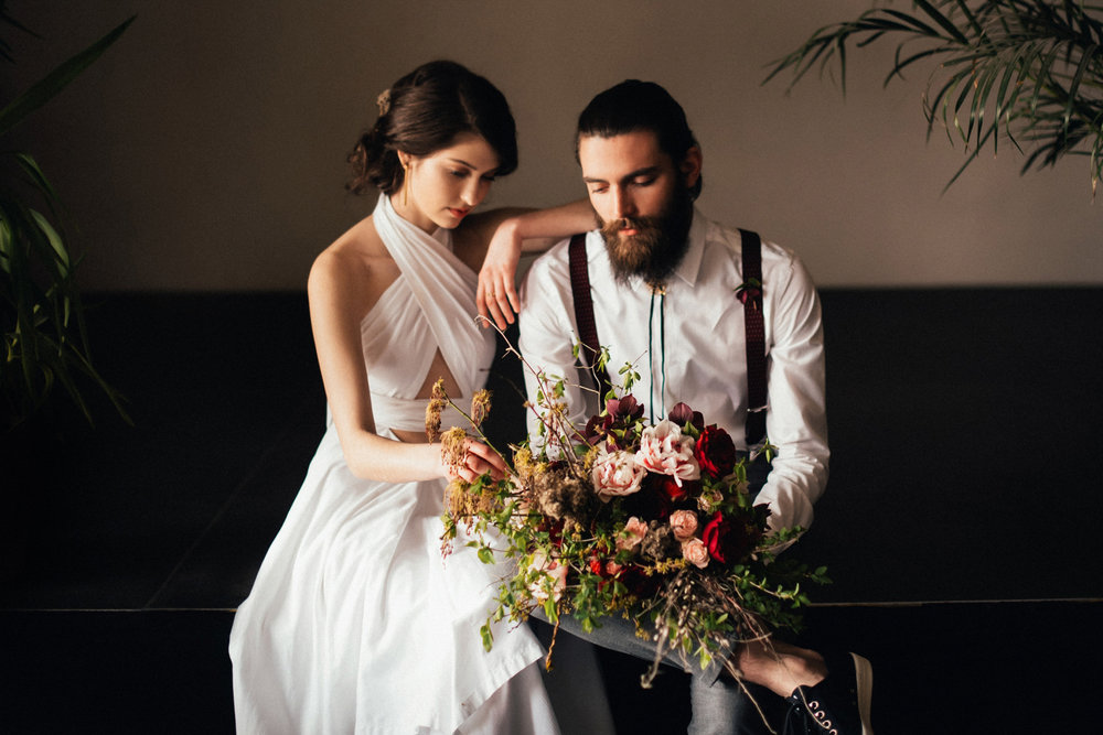 1 art deco inspired urban wedding editorial 030.jpg