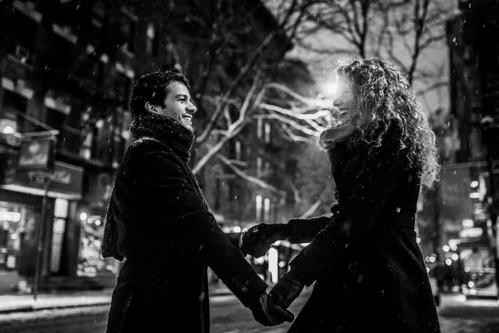 nyc winter snowy manthattan engagement session 035.jpg