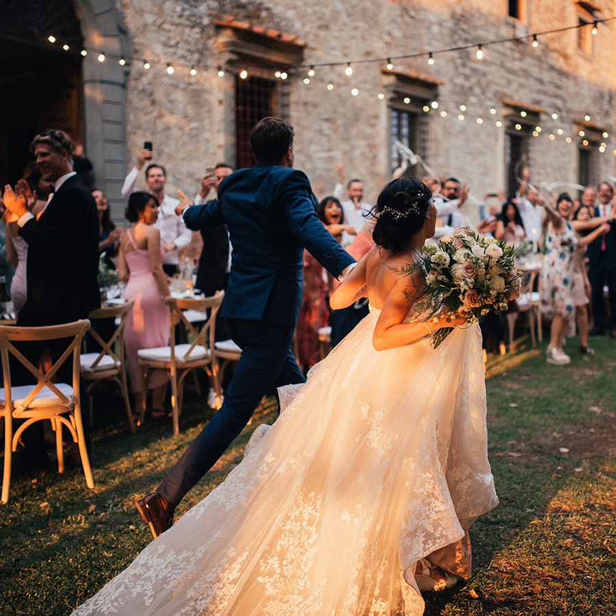 TUE & CHRISTELLE: MULTICULTURAL WEDDING AT TUSCAN CASTLE