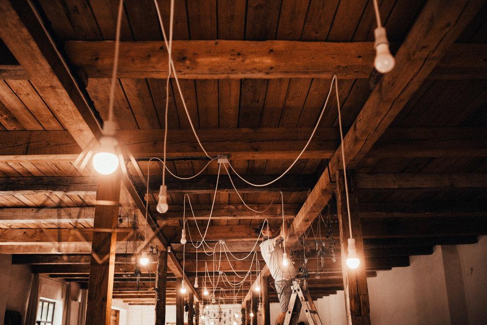 k&p relaxed hipster barn wedding 020.jpg