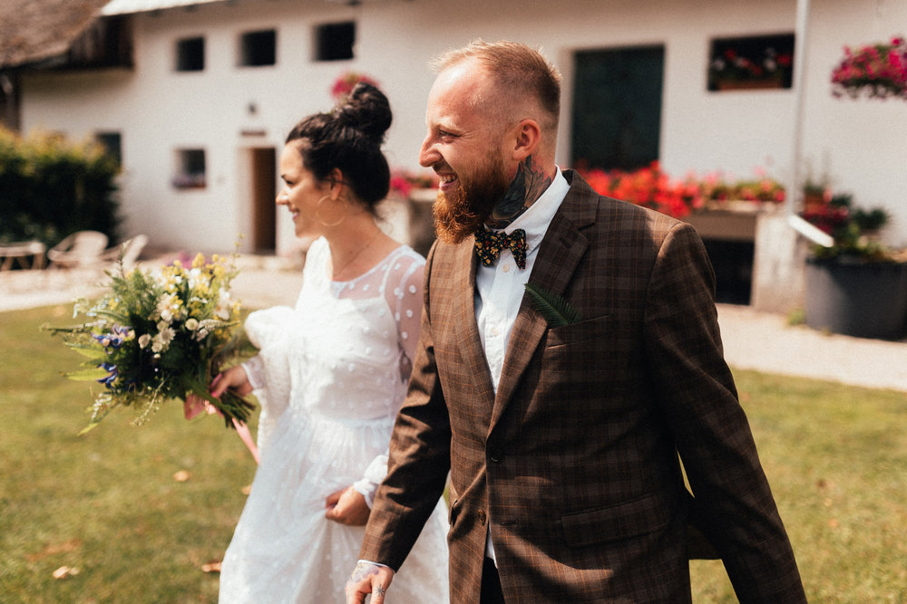 k&p relaxed hipster barn wedding 049.jpg