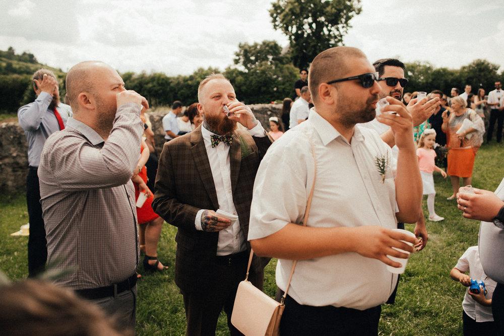 k&p relaxed hipster barn wedding 053.jpg