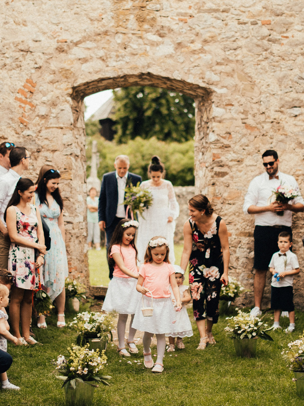 k&p relaxed hipster barn wedding 055.jpg