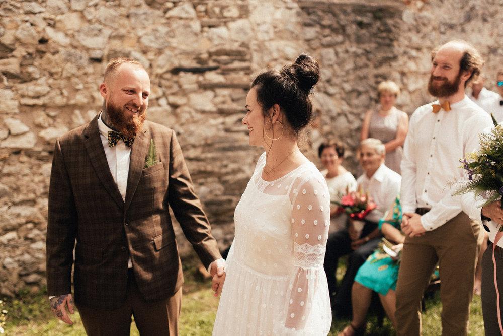 k&p relaxed hipster barn wedding 058.jpg