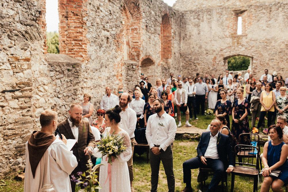 k&p relaxed hipster barn wedding 060.jpg