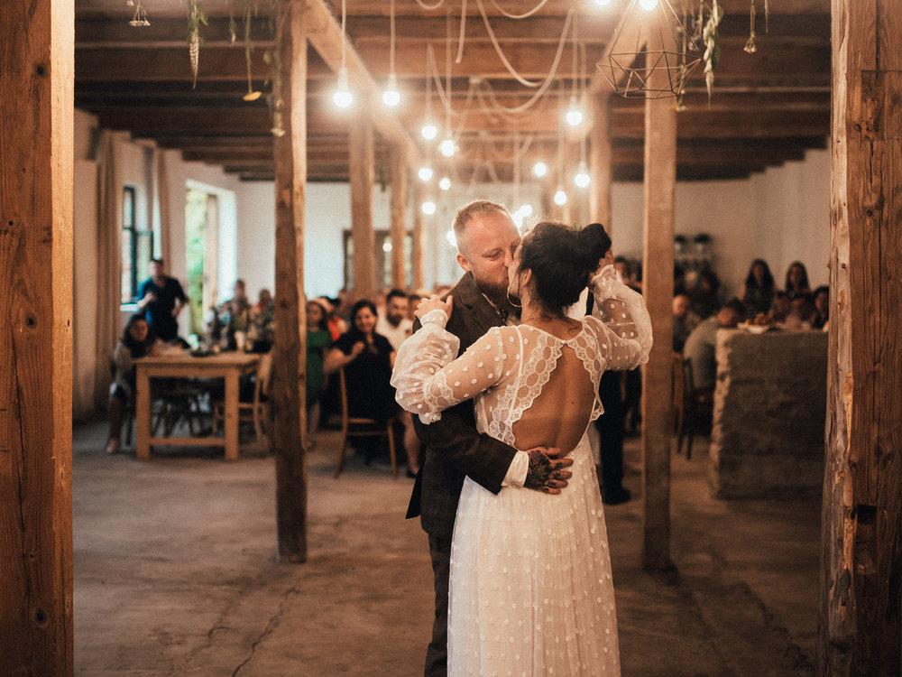 k&p relaxed hipster barn wedding 100.jpg