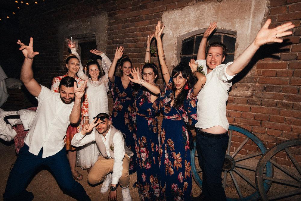 k&p relaxed hipster barn wedding 117.jpg