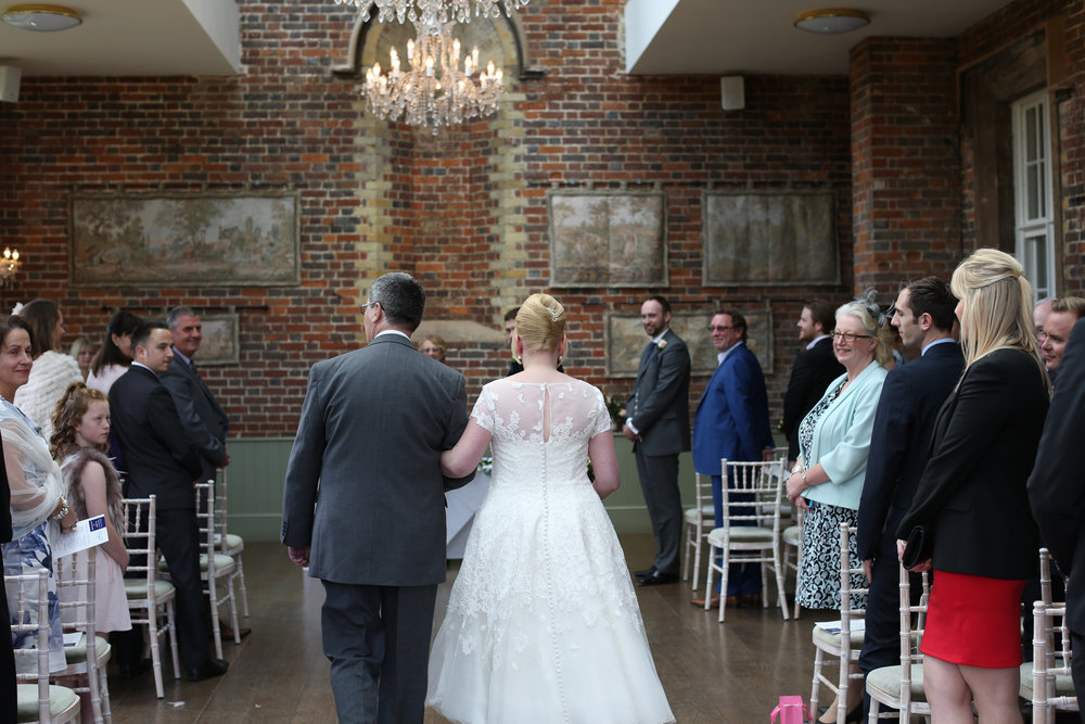 JELLYFISH WEDDING PHOTOGRAPHY OFFLEY PLACE HITCHIN (31).jpg