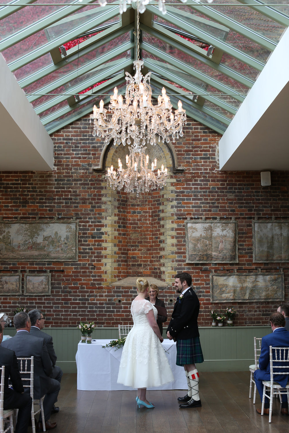JELLYFISH WEDDING PHOTOGRAPHY OFFLEY PLACE HITCHIN (34).jpg