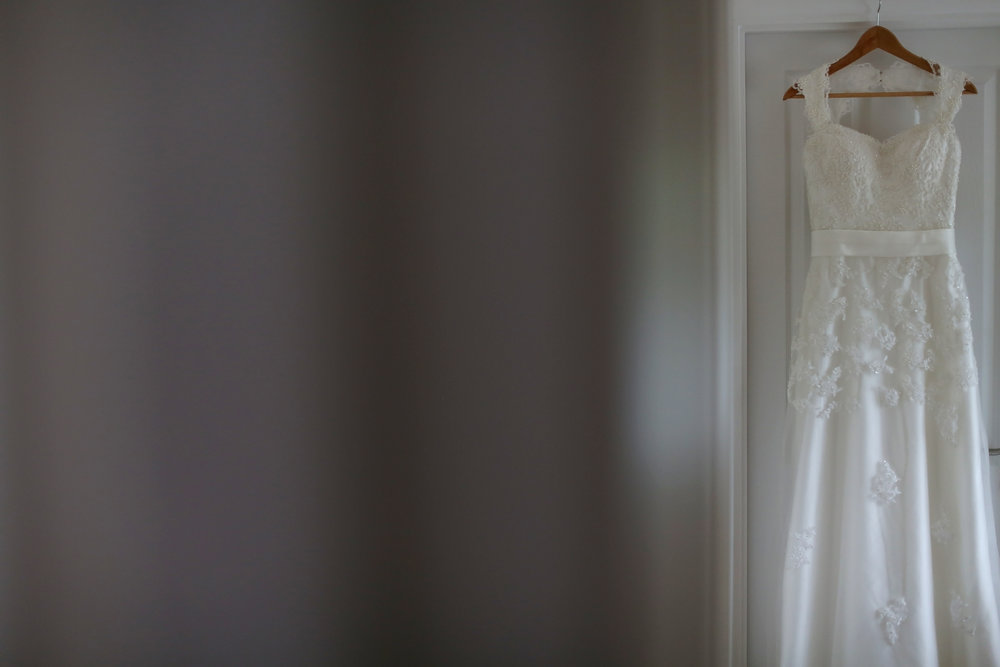 JELLYFISH WEDDING PHOTOGRAPHY LILLIBROOKE MANOR MAIDENHEAD (1).jpg
