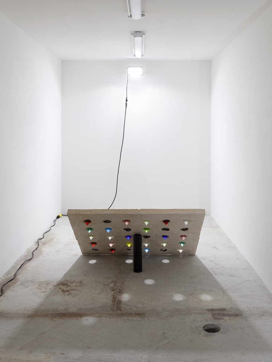 Davina Semo    THERE HAS TO BE A FESTIVE FEELING TO THE WORK WE'RE DOING , 2015  Installation View