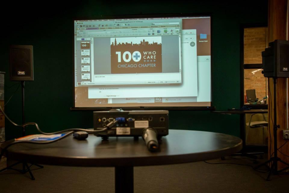 100+Projector1.jpg