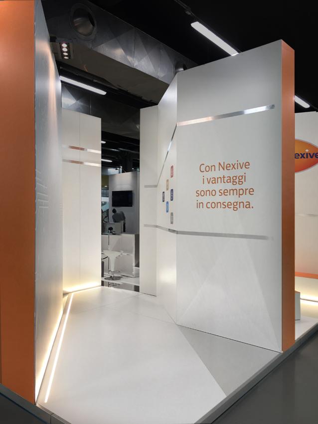 Lo stand e la sua capacità di approcciarsi al visitatore come porta verso l'innovazione.