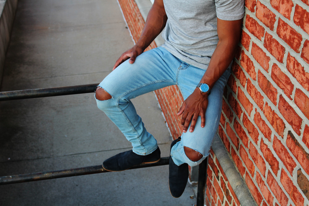 Shirt: Forever21   Jeans: Forever21   Boots: Steve Madden
