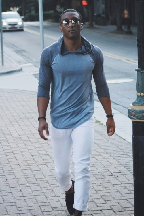 White & dark wash denim, along with joggers are my diagnosis on what to style with this hoodie.
