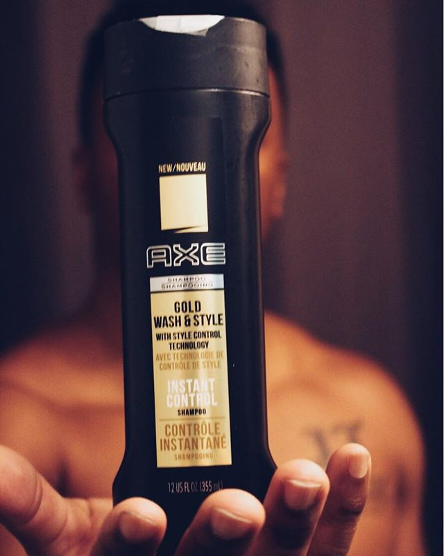 #AXEPartner Axe Gold Spray helps you smell fresh all day with woody notes of dark vanilla and rare oud wood. Clothing plays a huge part in my career, but what's just as important is grooming 😎 #YoureGold @axe