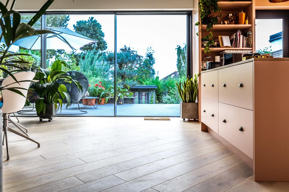 sliding doors kitchen lounge open plan