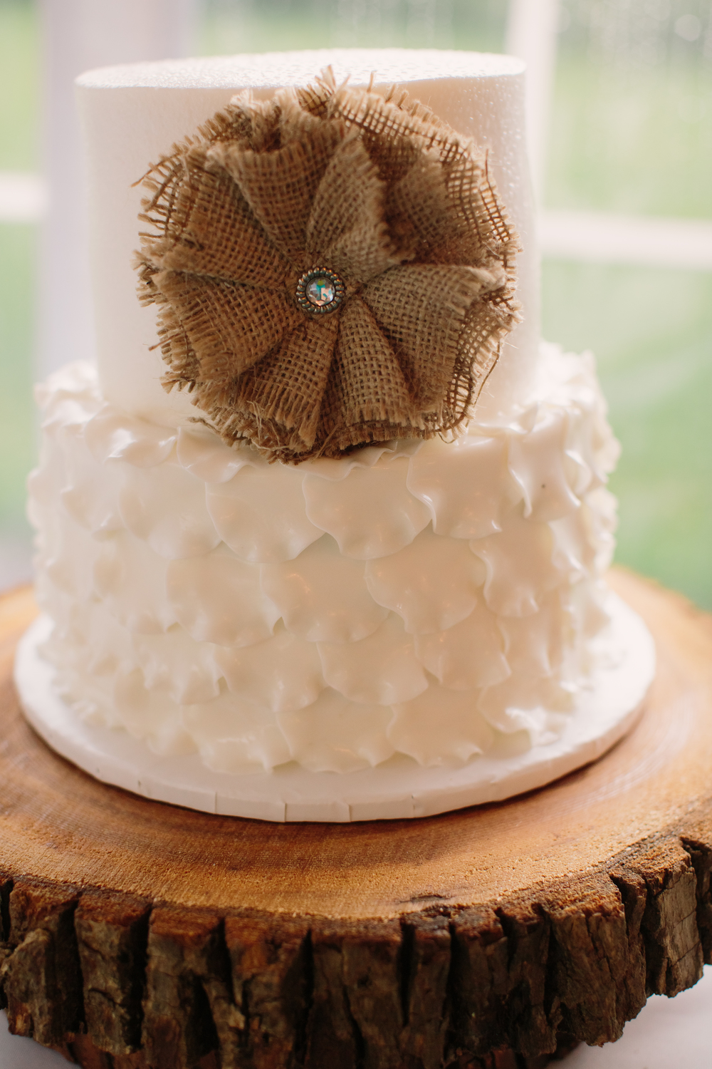 northern-wisconsin-wedding-cupcakes-desserts-cakes.jpg
