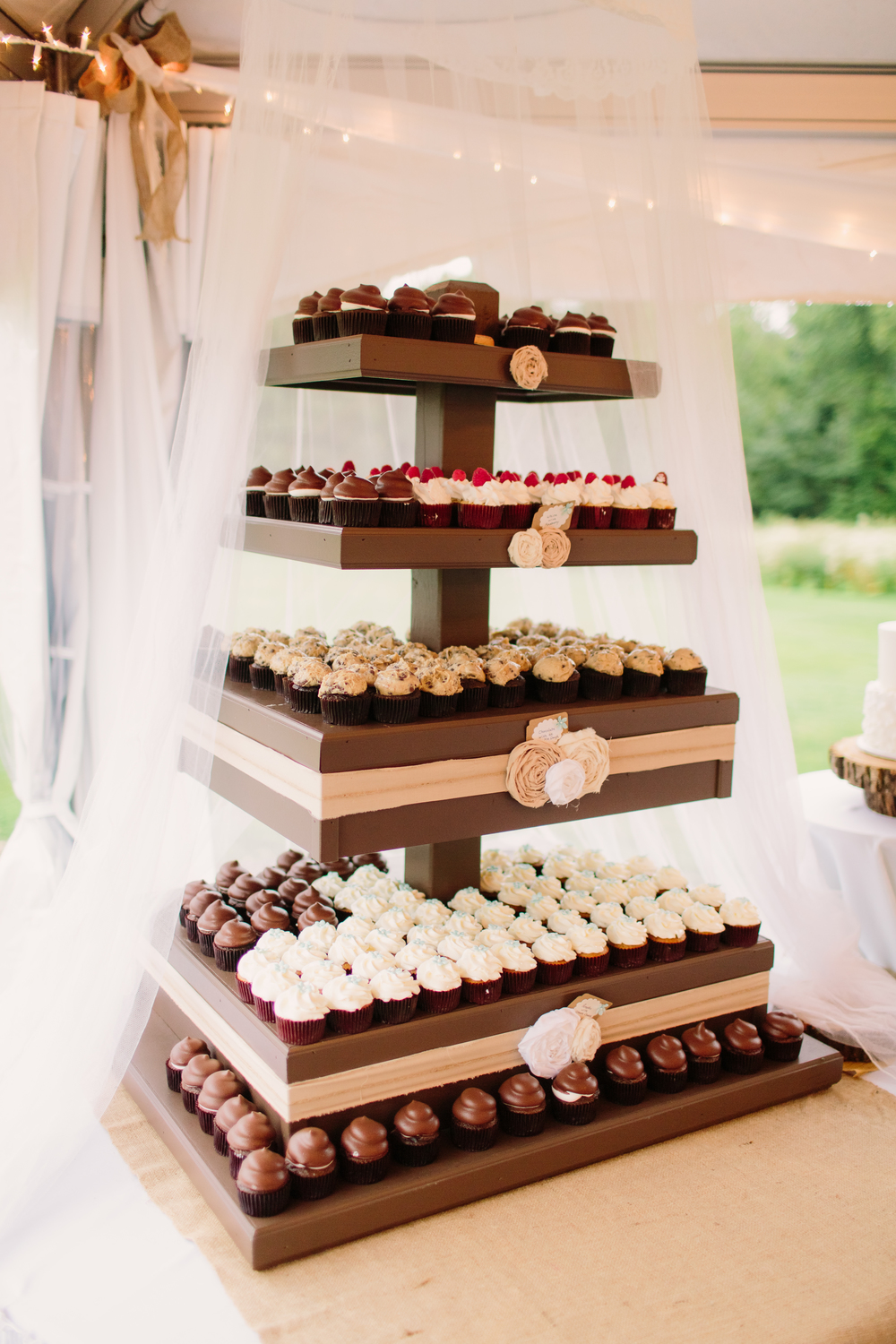 central-wisconsin-custom-cakes-weddings-events.jpg