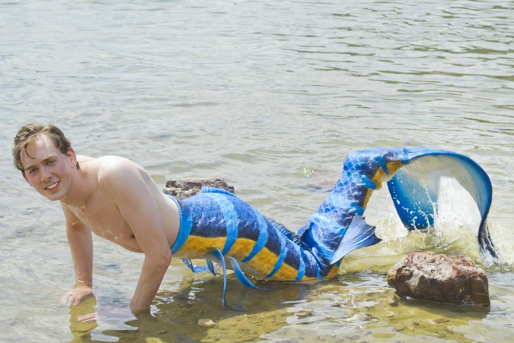 j-mermaids_lizkleinphotographydesign_12.jpg