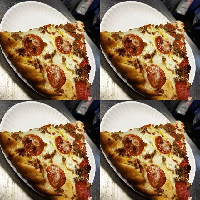 #stuffedmeatlovers #foodporn #pizza #pizzalife #lovewestreading #westreading