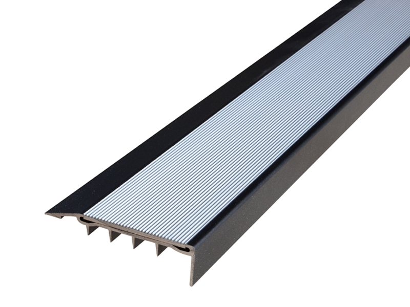 Surface Mounted Broadloom Carpet Black Anodised Profile with Corrugated Clear Anodised Insert