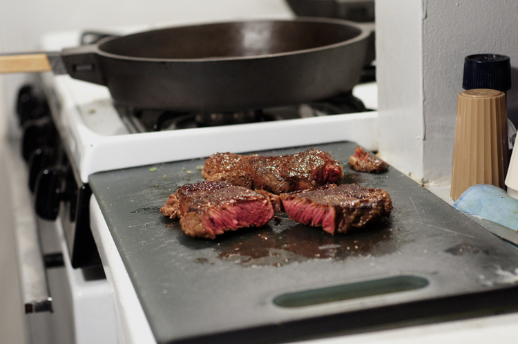 Steak_W:Skillet.jpg