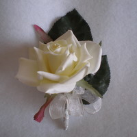 Cream rose corsage - Minneapolis Silk Florist