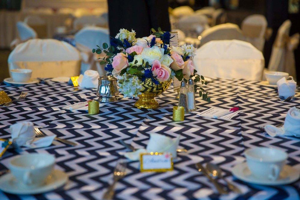 minneapolis-silk-wedding-flowers-table-centerpieces.jpg