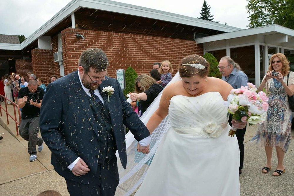 minneaoplis-wedding-flowers-bridal-bouquet-silk-flowers.jpg