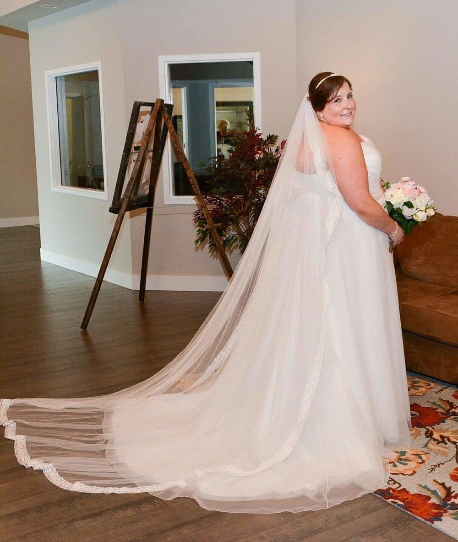minneapolis-bridal-bouquet-silk-flowers.jpg