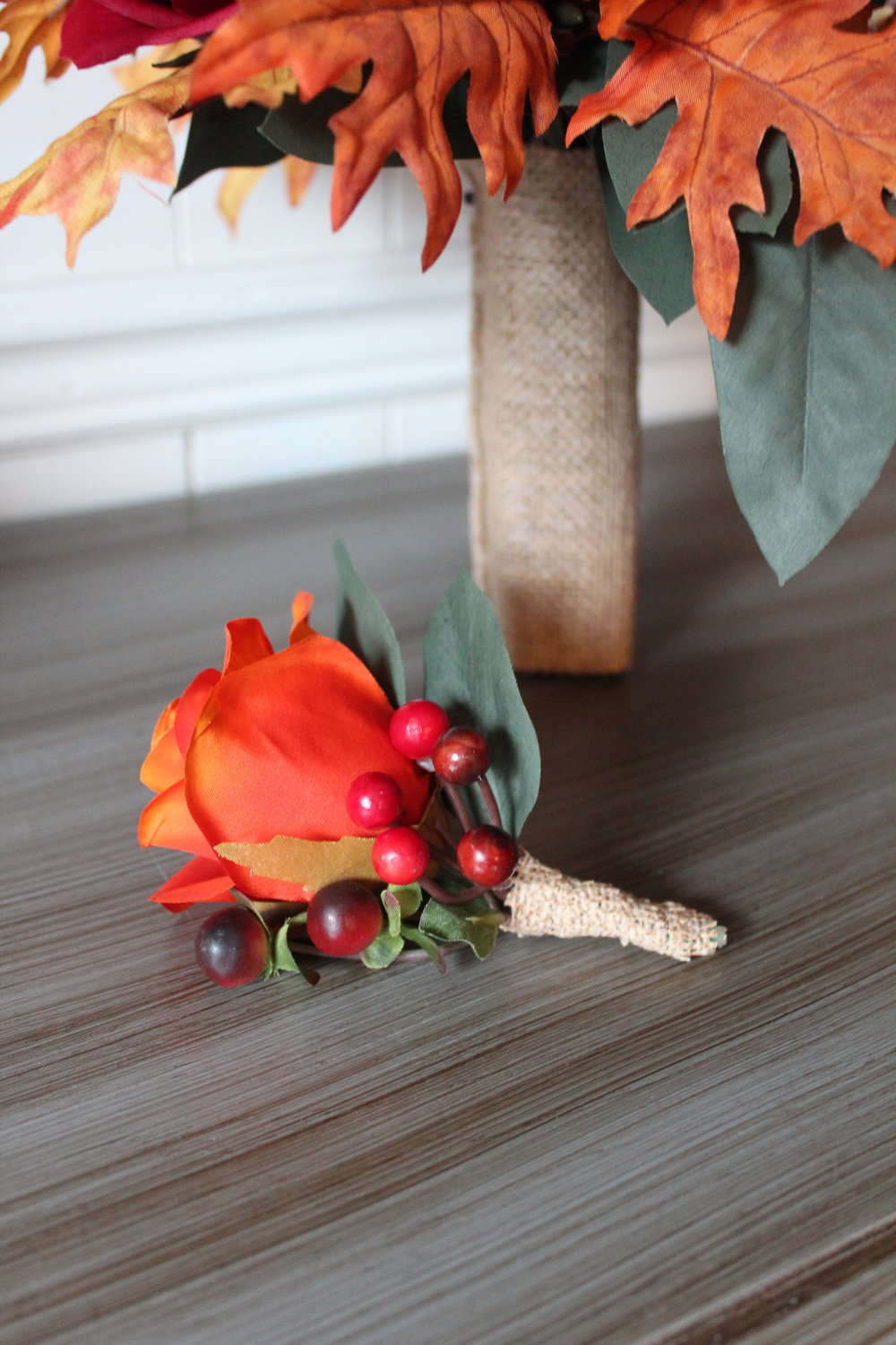 We added burlap to both arrangements for that perfect rustic touch.
