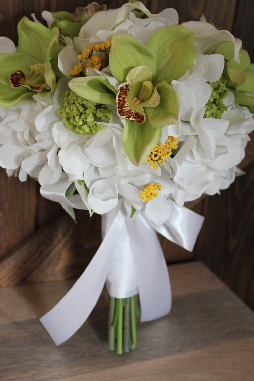 silk-bridal-bouquet-recreation-green-white.jpg