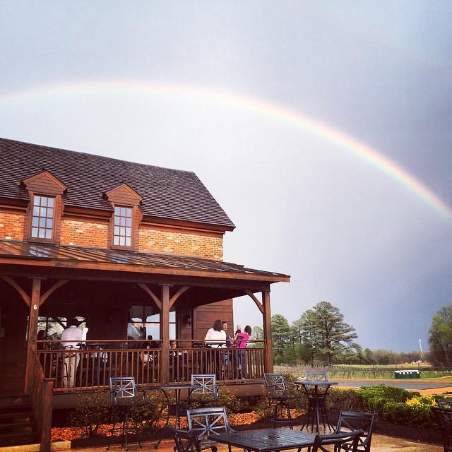 Every rainbow ends at a good glass of wine 🍷🌈 #newkentwinery #musicandmenu