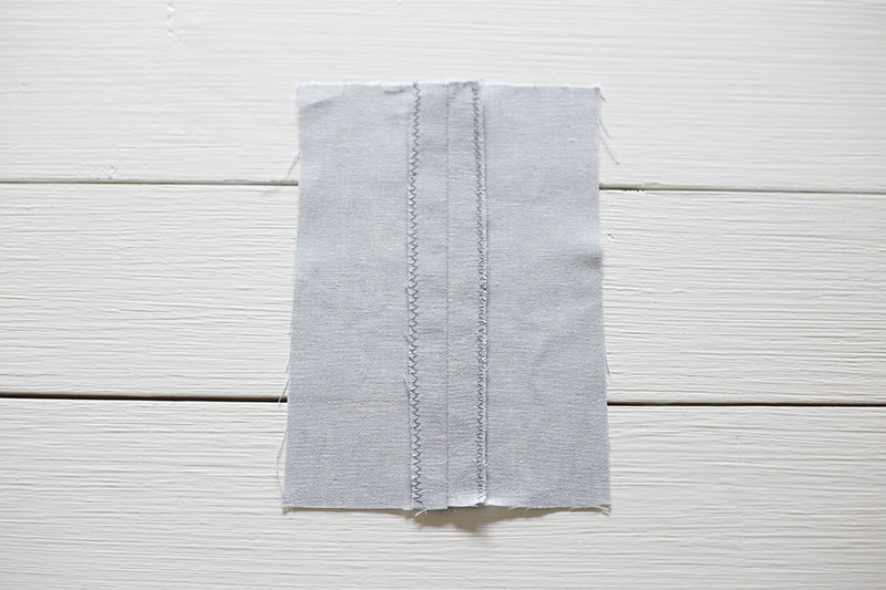 HOW TO EASILY FINISH SEAMS - www.CLOTHSTORY.com
