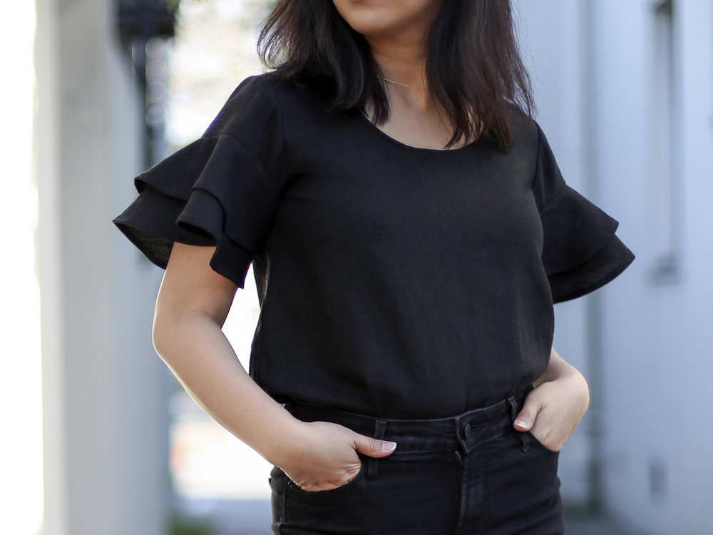 How to add flounce sleeves to the Grainline Studio Scout Tee - clothstory.com