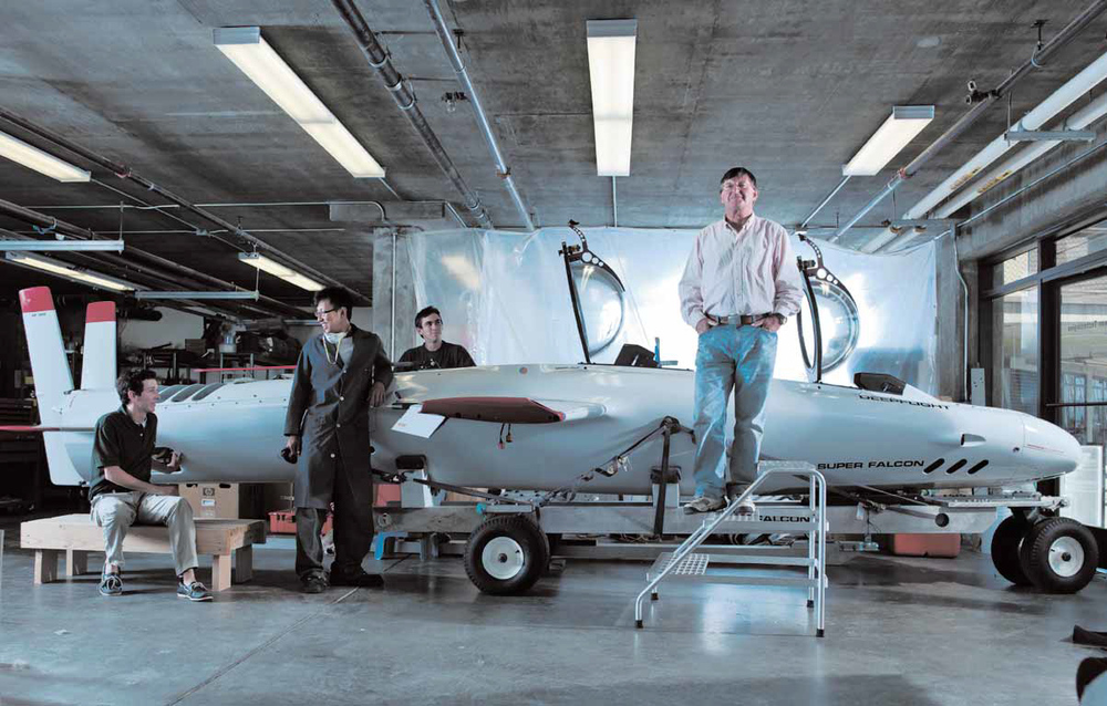 THE MAVERICK: Engineer Graham Hawkes and his team show off their latest invention:  Super Falcon . Credit: Douglas Adesko