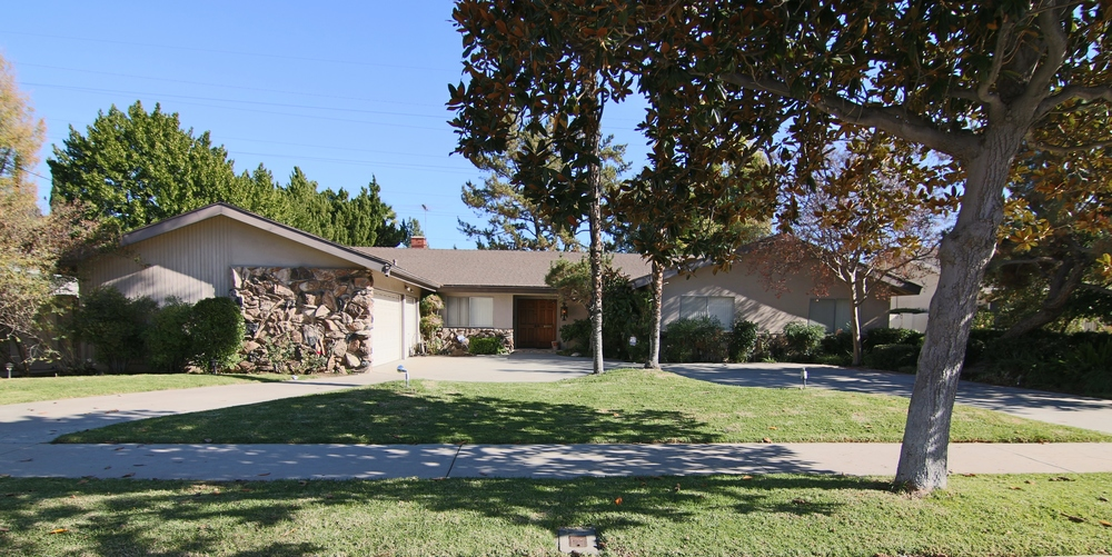 5300-Crebs-Ave-Tarzana