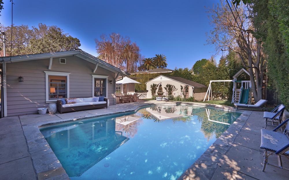 4012 Ventura Canyon Blvd Sherman Oaks