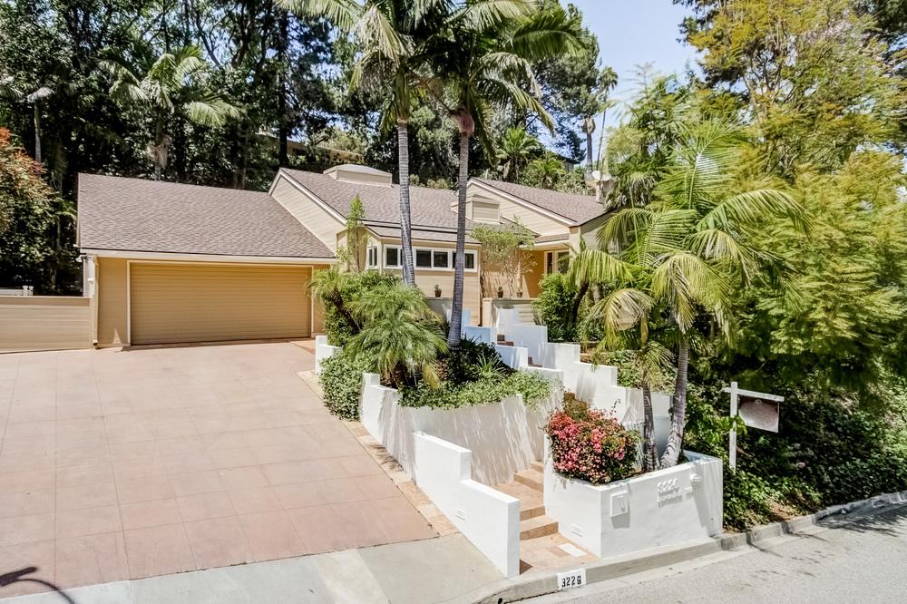 3226 Longridge Terrace | Sherman Oaks