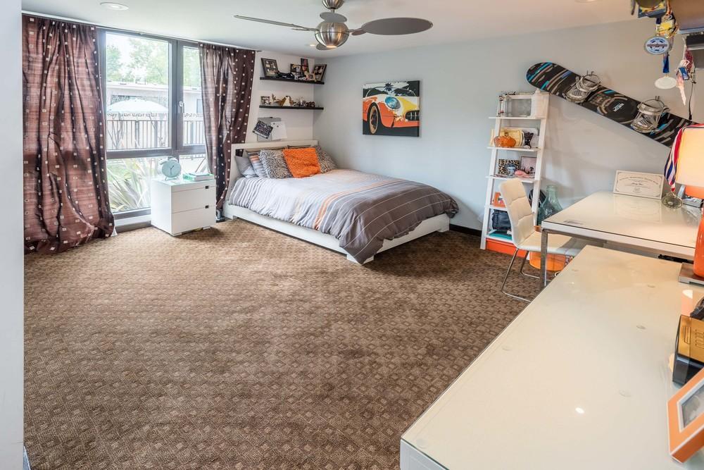 40 Bedroom3.jpg
