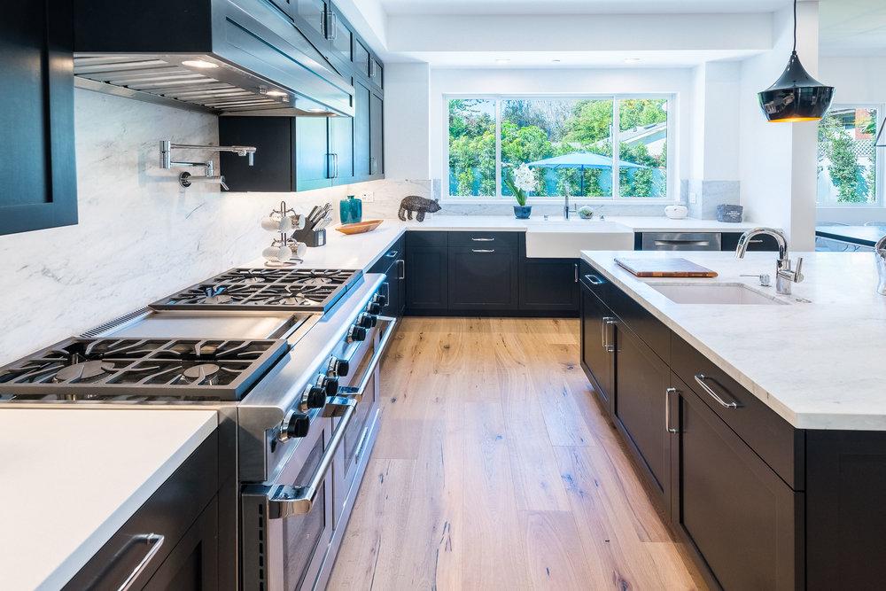 20 Kitchen.jpg