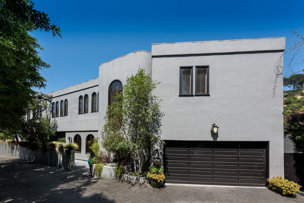 3727 Meadville Drive | Sherman Oaks