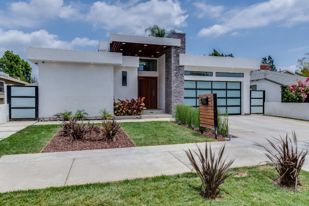 5512 COLBATH AVE - SHERMAN OAKS